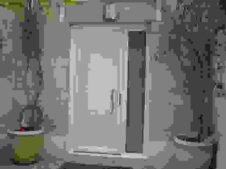 Ventanas y puertas de PVC de SISTEMAS GAHM SL Moderno