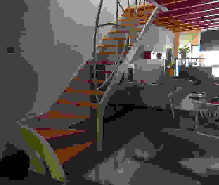 โดย Studio Architettura Arch. Francesca Tronci เมดิเตอร์เรเนียน
