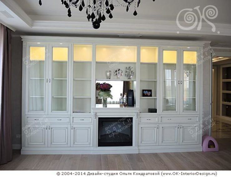 Интерьер гостиной в квартире на Мытной Дизайн студия Ольги Кондратовой ГостинаяШкафы и серванты