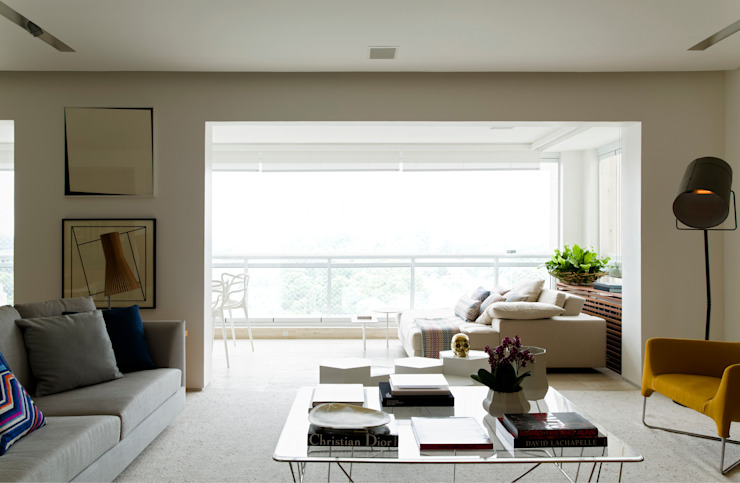Panamby Apartment DIEGO REVOLLO ARQUITETURA S/S LTDA. Salas de estar modernas