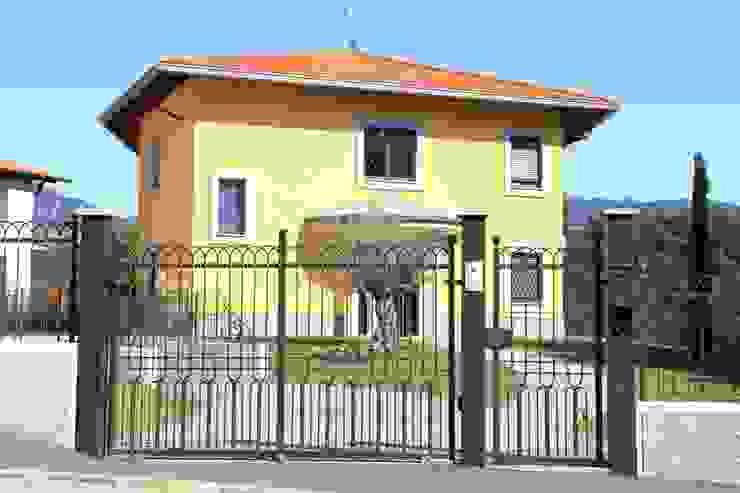 Klassieke huizen van CMG Costruzioni Metalliche Grassi Klassiek