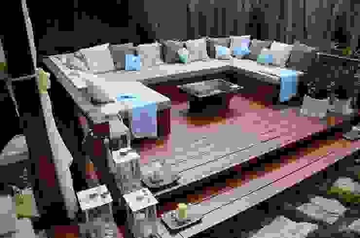 Zabudowa ogrodowa - podest wypoczynkowy. od homify Azjatycki