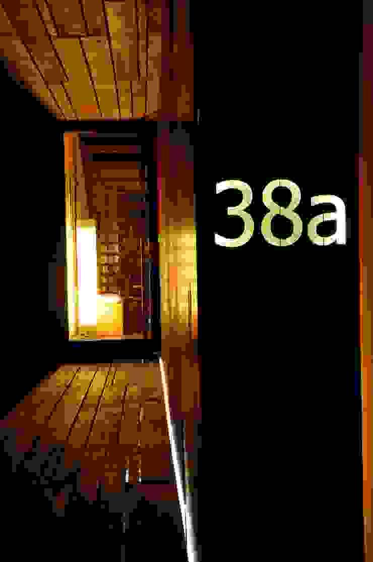 Eingang Architekturbüro 011 Minimalistische Häuser