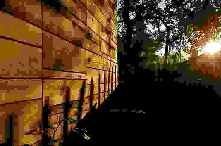 Schuppen Architekturbüro 011 Moderne Garagen & Schuppen