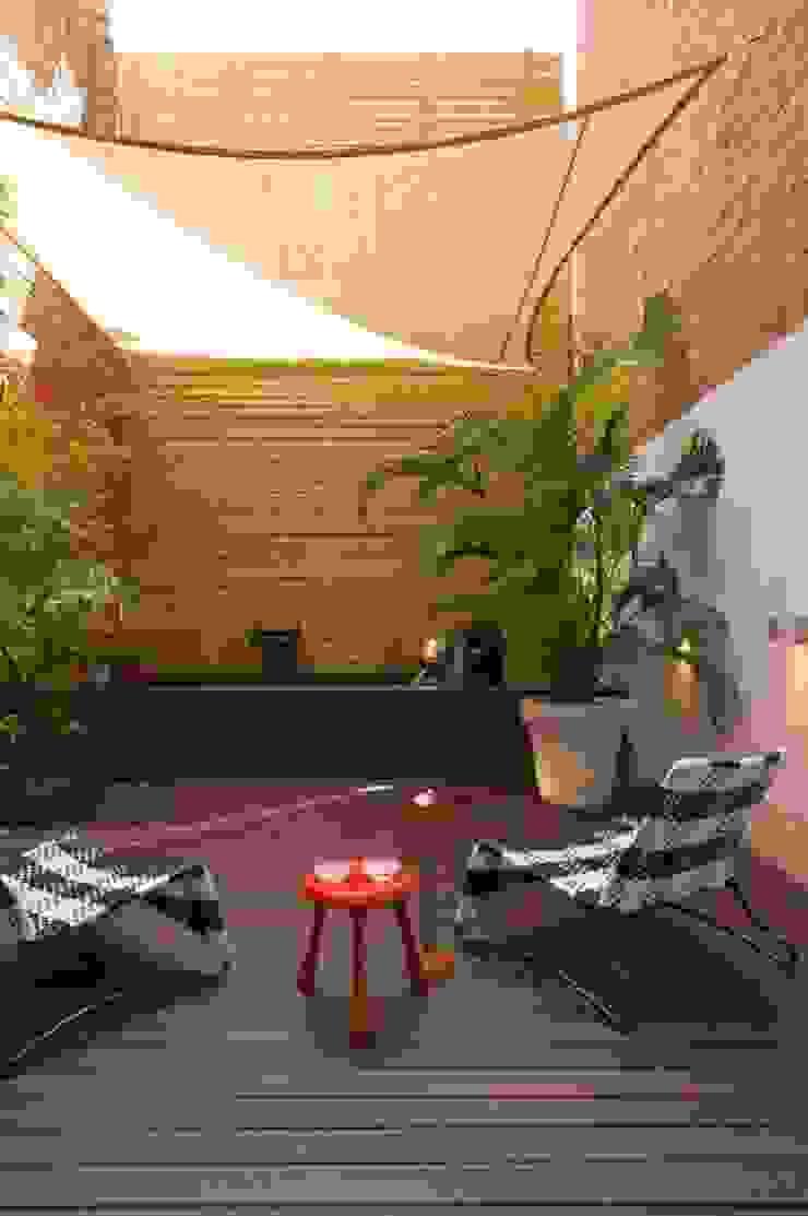 Patio SOLER-MORATO ARQUITECTES SLP Jardines de estilo moderno