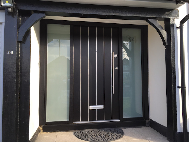 Horrow Puertas y ventanas modernas de Stronghold Security Doors Moderno