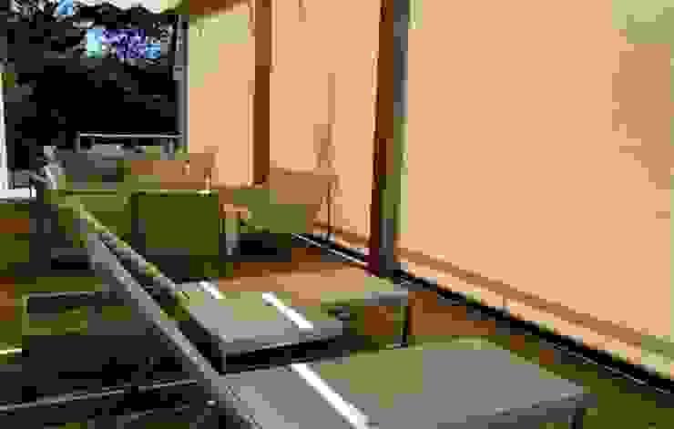 Toldo telón ideal para cerramientos entre muros, de Comercial MecanoToldo S.L.U Mediterráneo