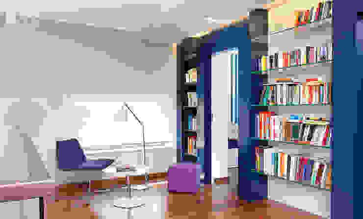 Pracownia projektowa artMOKO Modern Study Room and Home Office