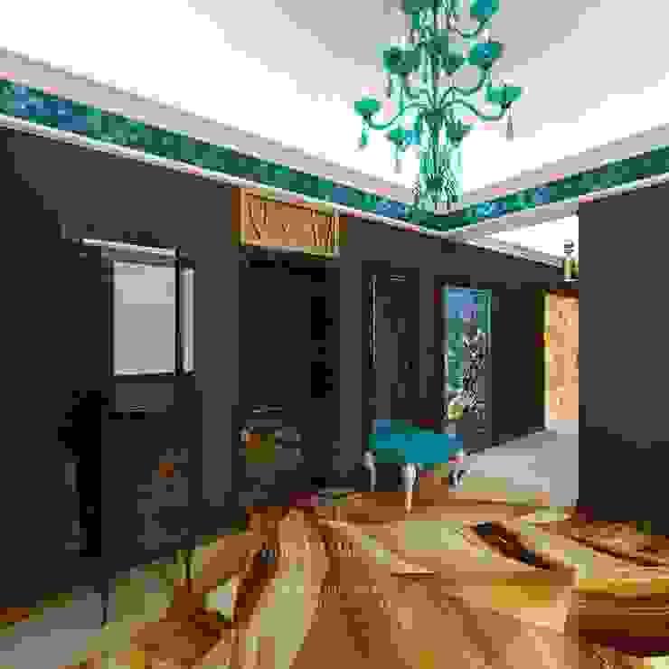 Интерьер холла в современном стиле Коридор, прихожая и лестница в эклектичном стиле от Студия дизайна интерьера Руслана и Марии Грин Эклектичный