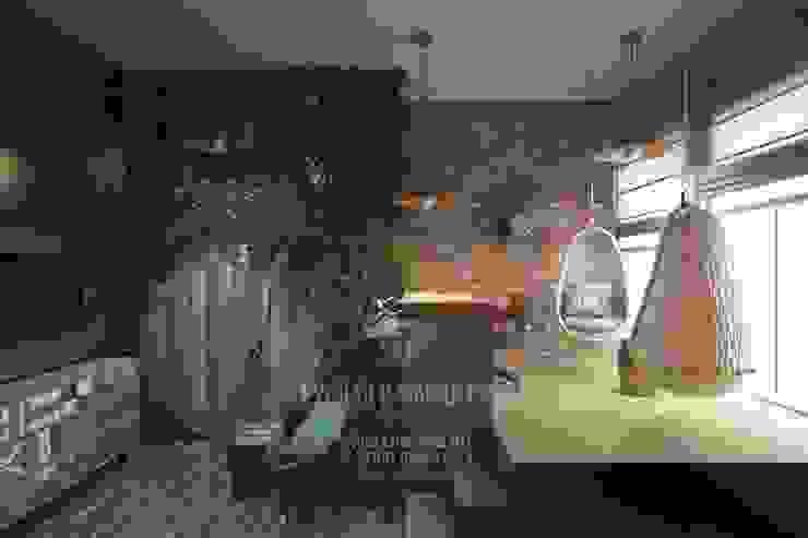 Детская комната, стилизованная под домик хоббита Рабочий кабинет в эклектичном стиле от Студия дизайна интерьера Руслана и Марии Грин Эклектичный