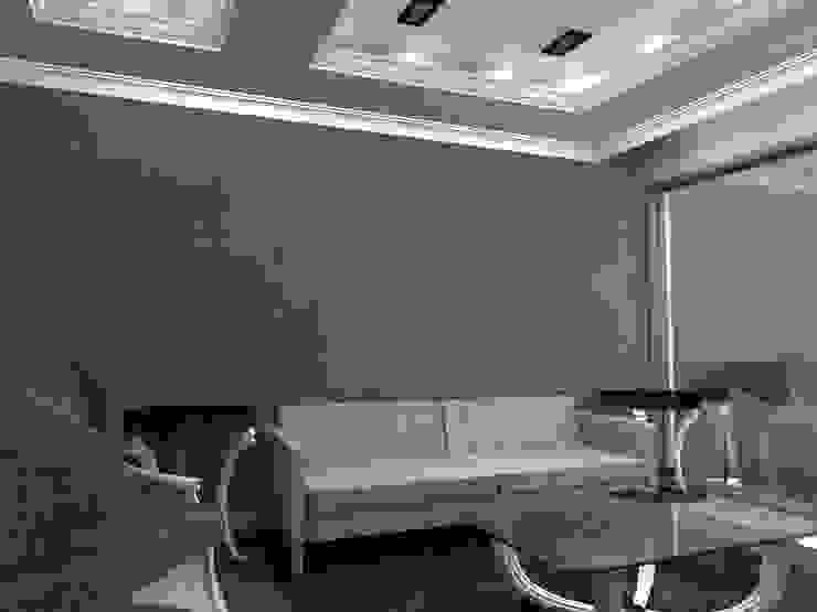 P14T2404 Salones modernos de Arq. Jacobo Smeke Moderno