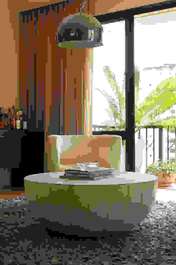 VS Salas de estar modernas por Luciana Tomas Arquitetura Moderno