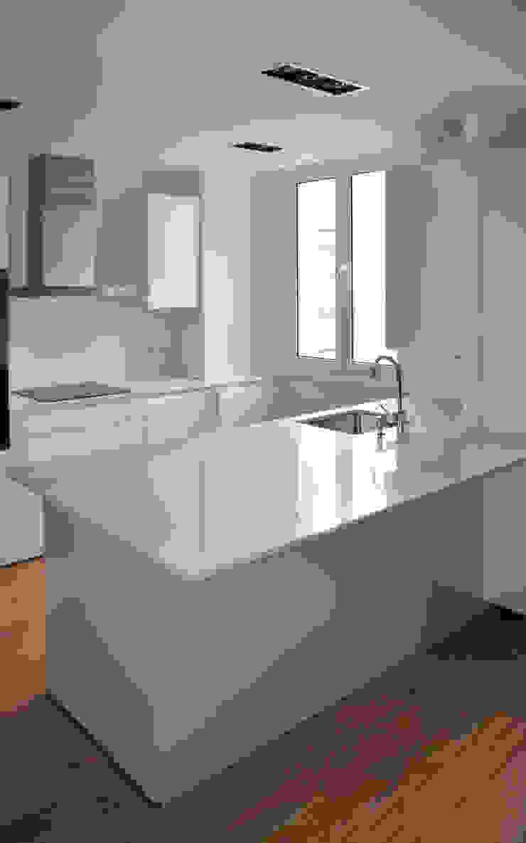 Cocina Cocinas de estilo moderno de ACA.Alfonso Cort Arquitecto Moderno