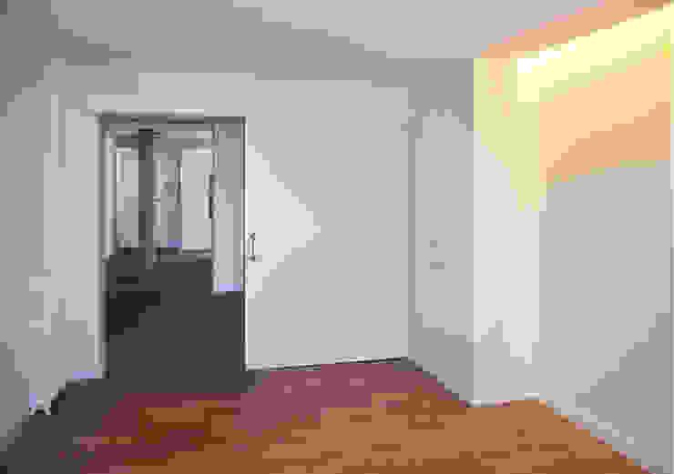 salón Salones de estilo moderno de ACA.Alfonso Cort Arquitecto Moderno