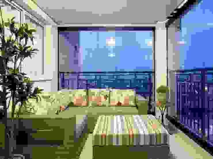 Varanda Gourmet Varandas, alpendres e terraços tropicais por Varanda Design Tropical