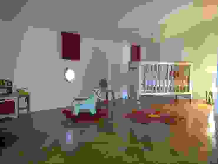 Chambre de Louise Chambre d'enfant moderne par Aparté conseils Moderne