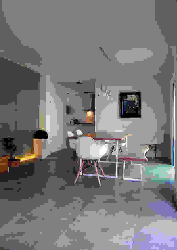 Expremiendo cada rincon Salones de estilo minimalista de ACA.Alfonso Cort Arquitecto Minimalista