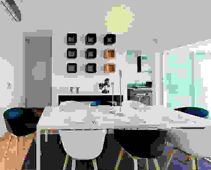 Modern Dining Room by Excelencia en Diseño Modern