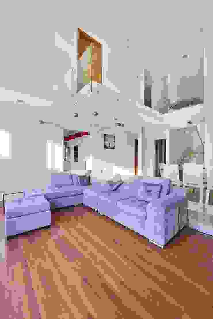 Casa NB Salones minimalistas de Excelencia en Diseño Minimalista