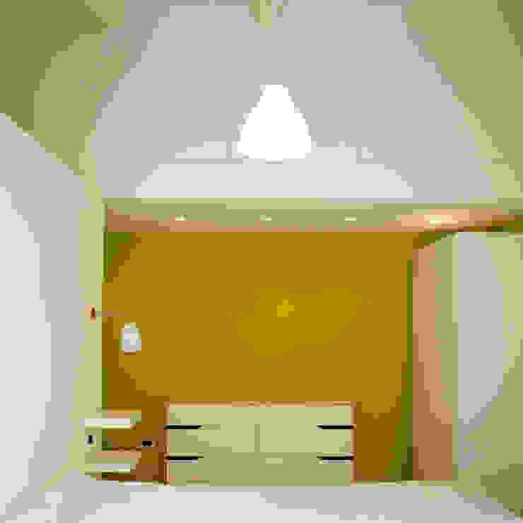 Спальня в стиле модерн от Studio Proarch Модерн