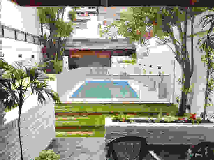 Reciclaje de un jardín con pileta descuidado: Jardines de estilo  por Estudio Nicolas Pierry: Diseño en Arquitectura de Paisajes & Jardines
