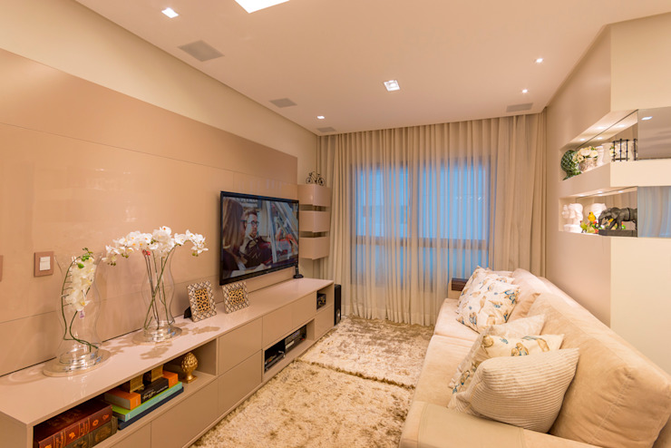 Media room by Dauster Arquitetura, Classic