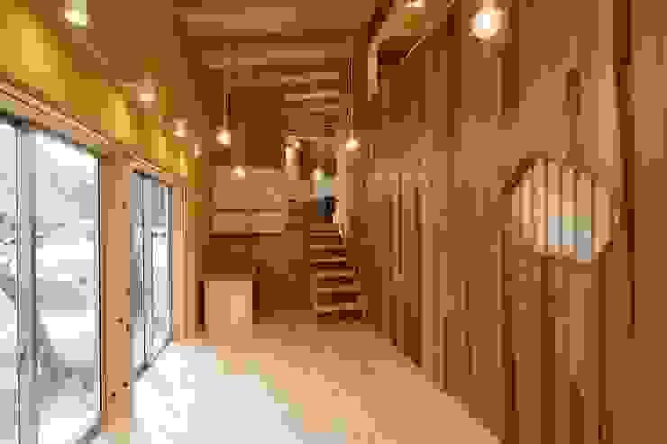 アトリエ モダンデザインの 多目的室 の 後藤建築設計 モダン