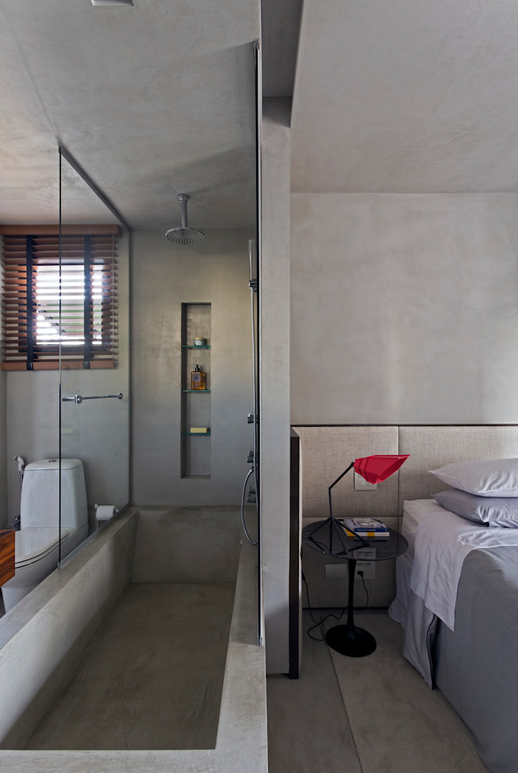 Real Parque Loft Banheiros modernos por DIEGO REVOLLO ARQUITETURA S/S LTDA. Moderno