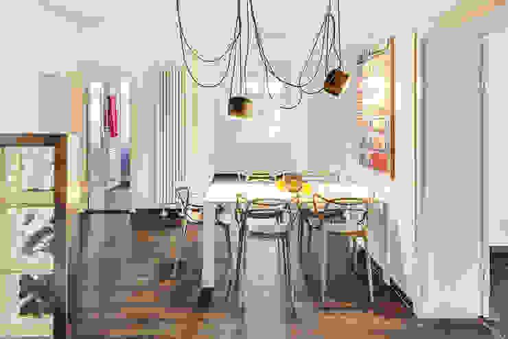 16elements GmbH Modern Corridor, Hallway and Staircase