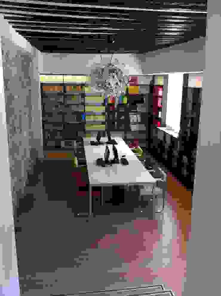BIBLIOTECA-MEDIATECA. PALACIO ABRANTES. MADRID. 2009 Escuelas de estilo minimalista de Bescos-Nicoletti Arquitectos Minimalista