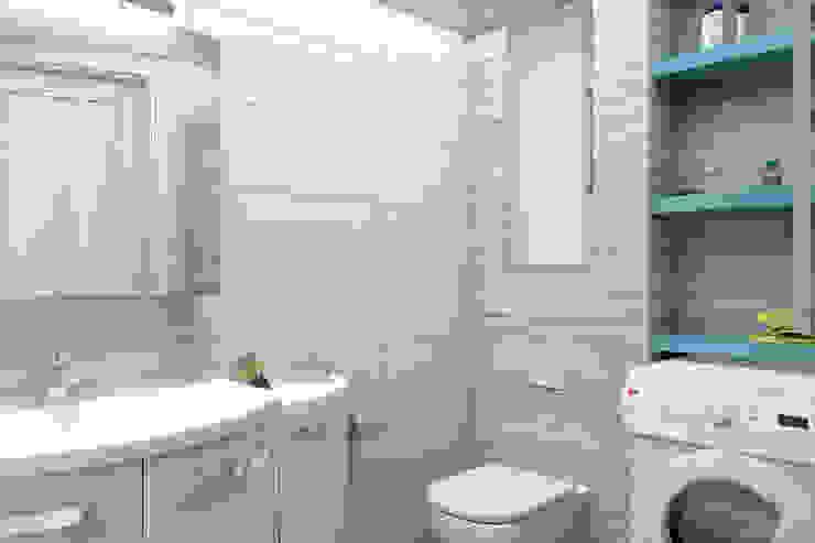 Мансардная квартира Ванная комната в стиле модерн от Студия дизайна и декора Светланы Фрунзе Модерн Плитка