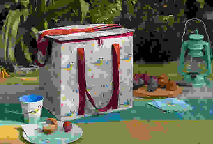 Recycled Blue Tit Picnic Bag Dotcomgiftshop Garden Accessories & decoration