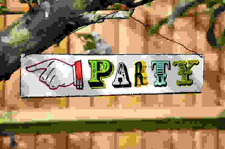 Party Metal Sign par Dotcomgiftshop Classique
