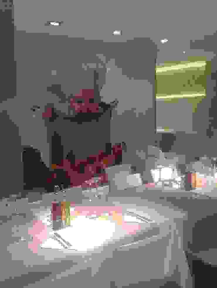 RESTAURANTE PIZZERIA VOSTRAVITE Gastronomía de estilo moderno de JORDI BATLLE - INTERIORISME Moderno