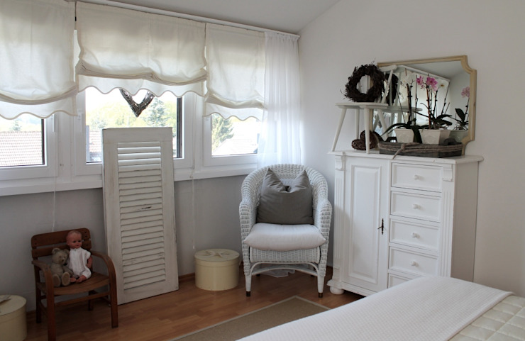Country style bedroom by Me & Harmony Country