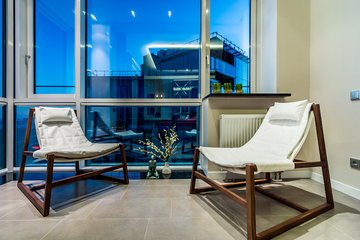 Квартира в ЖК <q>КОСМОС</q> Балкон и терраса в классическом стиле от Belimov-Gushchin Andrey Классический