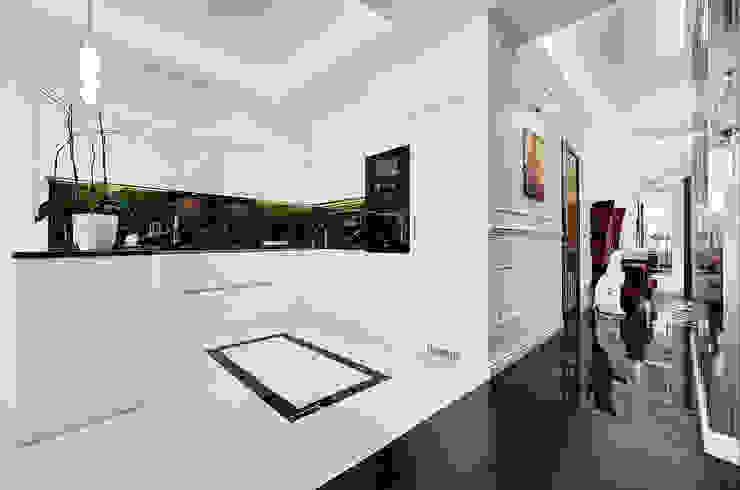Дизайн интерьера квартиры, ЖК GOLDEN PARK Кухня в стиле модерн от ELIZABETH STUDIO DESIGN Модерн