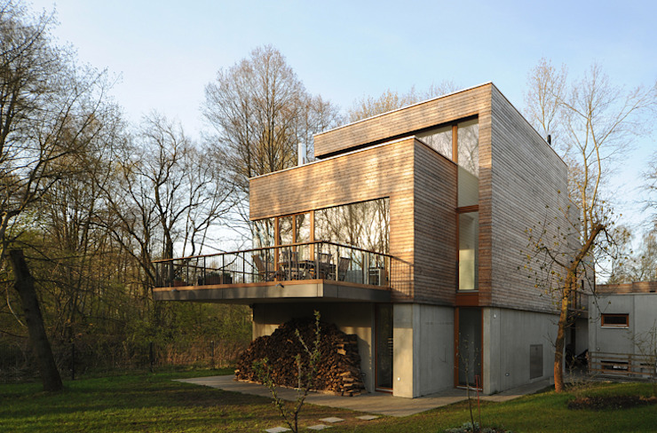 Houses by Carlos Zwick Architekten