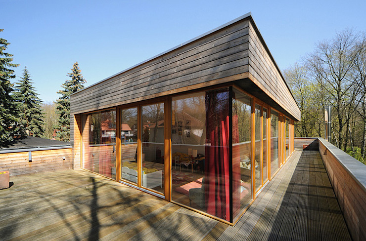 Garden by Carlos Zwick Architekten, Modern