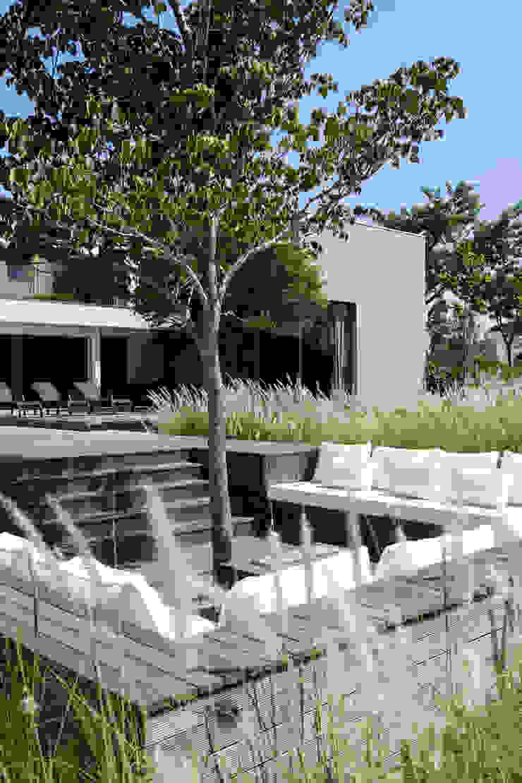 Casa em Itu Casas minimalistas por Consuelo Jorge Arquitetos Minimalista