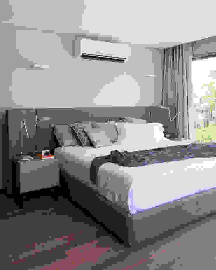 Casa em Itu Quartos minimalistas por Consuelo Jorge Arquitetos Minimalista