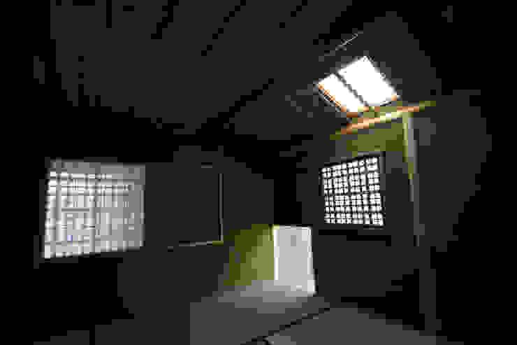 和田山の数寄屋 和風の 寝室 の もやい建築事務所 和風