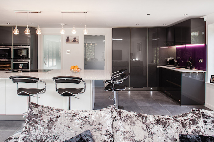 Essex Glamour Nic Antony Architects Ltd Modern kitchen