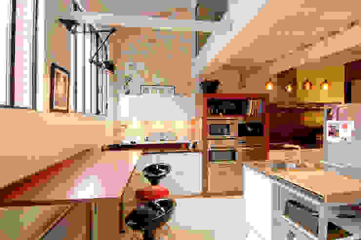 ÎLE DE LA JATTE Cuisine moderne par ZOEVOX - Fabrice Ausset Moderne