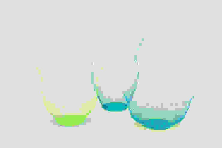 Air Vase neon geel en turquoise: modern  door Kleuroptafel, Modern