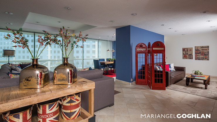 Vestíbulo Pasillos, vestíbulos y escaleras modernos de MARIANGEL COGHLAN Moderno