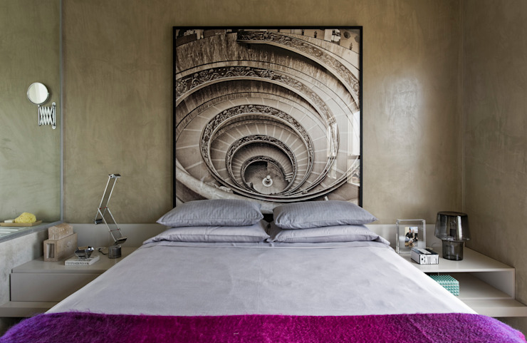 Chambre moderne par DIEGO REVOLLO ARQUITETURA S/S LTDA. Moderne
