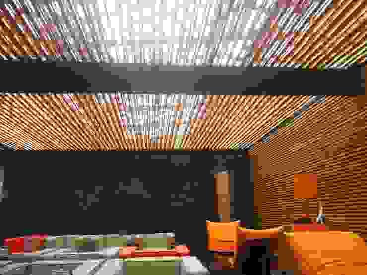 Kanela Bambu ระเบียง, นอกชาน