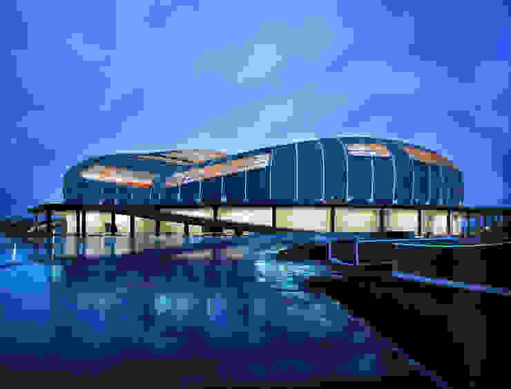 FOOTBALL STADIUM / KARAGANDY Стадионы в стиле модерн от Lenz Architects Модерн
