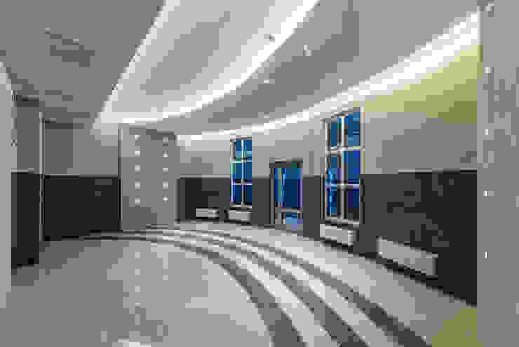 ЖК <q>Платинум</q> Коридор, прихожая и лестница в классическом стиле от Belimov-Gushchin Andrey Классический